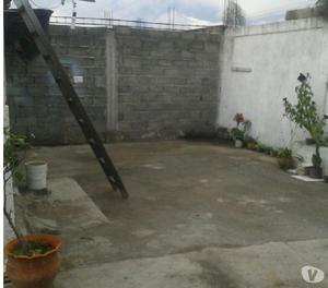 Se Vende Casa de Platabanda en la Urbanización Las Casitas