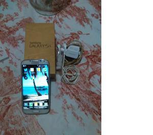 Galaxy S4 Gt Con Detalle De Flex De Carga