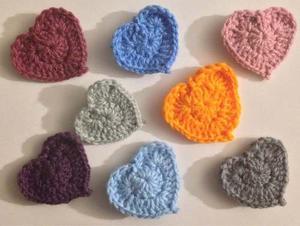 Oferta! Corazones Tejidos A Crochet P/apliques Y Bisuteria