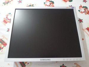 En Venta Exelente Monitor Lcd Samsung 17 Pulgadas Negociable