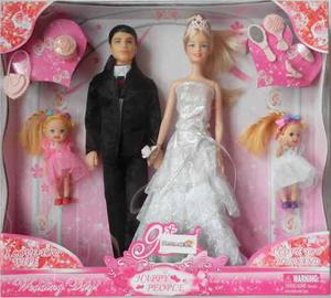 Muñecos Set Pareja De Novios Con Dos Muñequitas Y