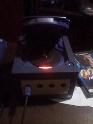 Nintendo Gamecube Para Repuesto Y Un Play 2 Modelo Scph