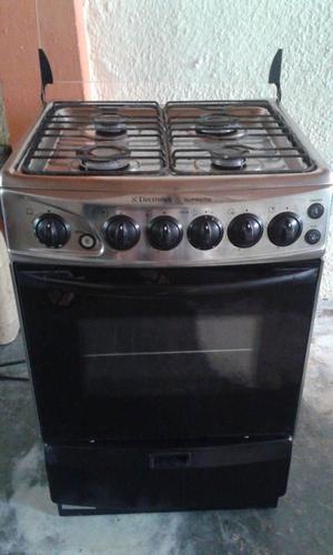 Asistente de cocina electrolux posot class for Cocina 06 hornillas