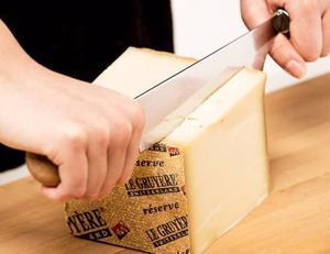 Cuchillo Para Picar Queso Con Doble Mango De Madera
