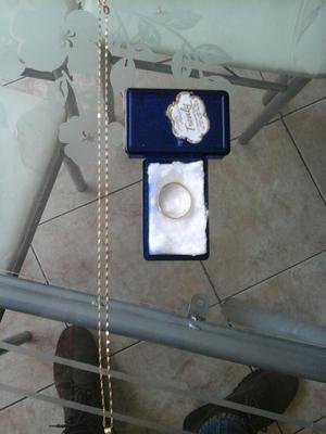 Cadena y anillo de oro 18k