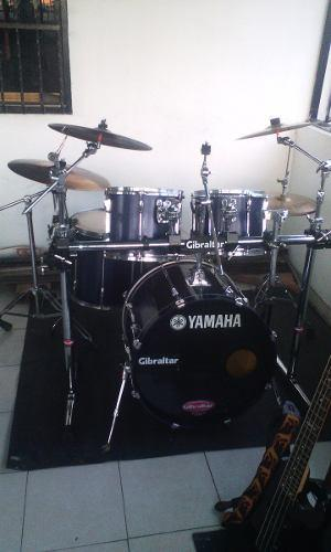 Bateria Yamaha Stage Custom
