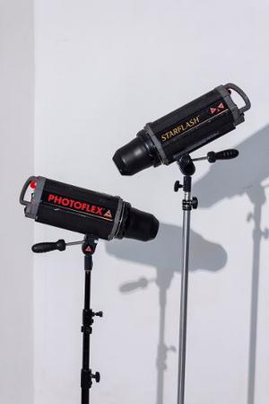 2 Mono Light Photoflex De  Amp.