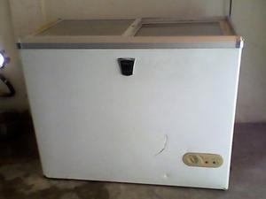 Congelador De Puertas De Vidrio