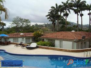 Espectacular casa en venta en La Lagunita