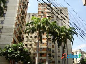 apartamento en venta en la avenida ayacucho