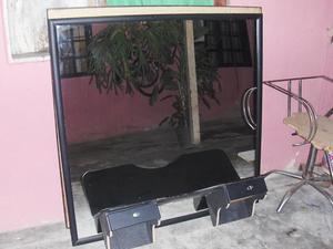 5 peinadoras con sus espejos 6 sillas negras posot class - Espejos peluqueria precios ...