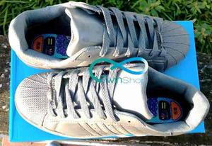 Zapatos Adidas Super Star Unicolor Pharrell Williams