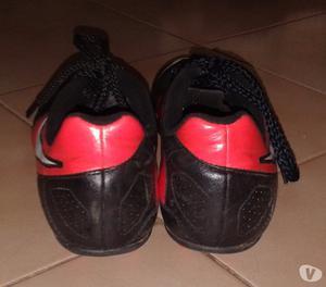 Zapatos para Futbol Nike Nro. 38,5