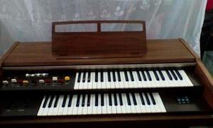 Órgano Yamaha Electone