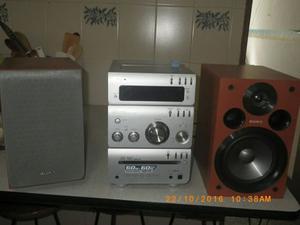 Equipo De Sonido Marca Sony  Bs