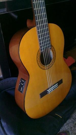 Guitarra Yamaha Electro Acustica