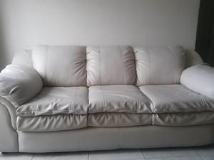 Se Vende Mueble De 3 Puestos - Color Beige