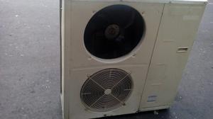 Condensador De 5toneladas Panasonic En Buen Estado