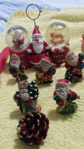 Set Navidad 5minisantas 2minibolas 2velassannicolas + Obseq