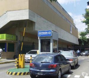 Local en laquiler Av. Bella Vista Maracaibo MLS 17-630