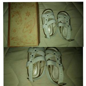 Sandalias para Niñas Nuevas