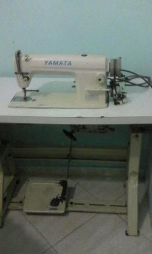 Se Vende Maquina Plana Industrial Yamata