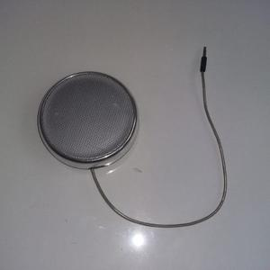 Corneta Portatil O Speaker Marca Philips. Usa 3 Pilas Aaa