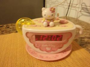 Radio Reloj Despertador De Hello Kitty
