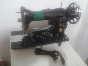 Maquina De Coser Singer Con Accesorios