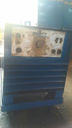 Maquina de Soldar Miller Trifasica 275 a