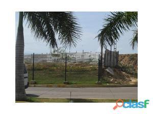 Terreno en venta en Margarita, Costa Azul, En frente del