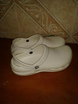 Vendo Sandalias Crocs