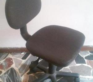 VENDO sillas de escritorio giratorias en Caracas