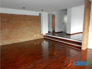 Apartamentos en Alquiler. Santa Eduvigis 170 m2