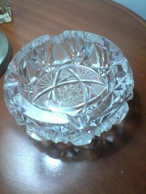 cenicero de cristal marca bohemia