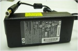 Cargador Para Lapto Hp 19v 4.74a mm 90 Watts