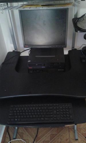 Vendo Computadora de Mesa