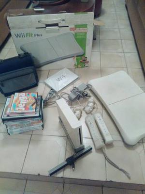 Nintendo Wii Chipeado + Controles+ Wii Fit + Bolso Porta Cds