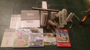Nintendo Wii Con 2 Controles + 4 Juegos En Excelente Estado