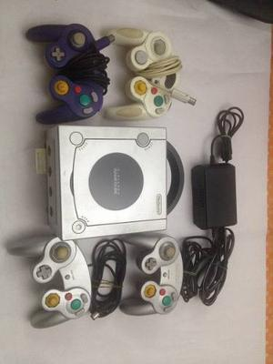 Gamecube Con 3 Controles Y 40 Juegos (ver Descripcion)
