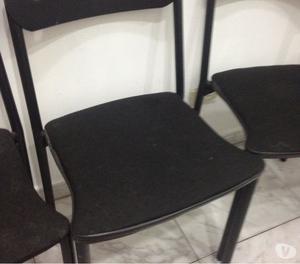 Vendo mesas acero inoxidable, sillas y mueble mostrador.