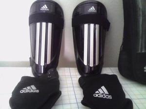 Canilleras Adidas Performance + Tobilleras