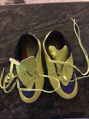 Zapatos De Fútbol Para Grama Artificial Marca Nike