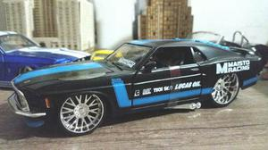 Ford Mustang Boss  Escala 1:24 Marca Maisto Con Caja