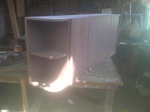 Mueble con puertas con vidrio posot class for Mueble 4 puertas
