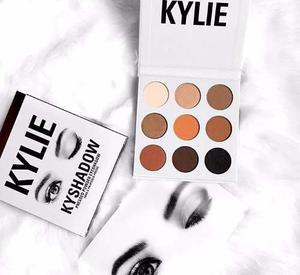 Paleta De Sombras Bronce Kylie Al Mejor Precio