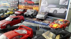 Vendo Colección De Carros Completa Escala 1/18
