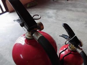 Extintores de 10 lbs y 5 lbs