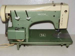 Maquina De Coser Necchi Modelo 513 Usada