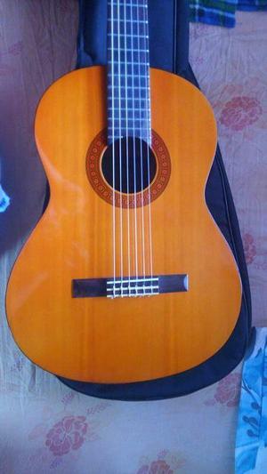 Vendo Guitarra Clasica Yamaha C 40 Como Nueva Bella. POR